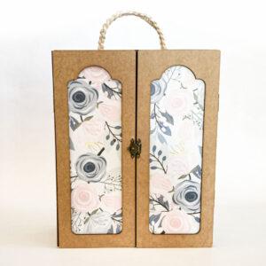 Good Golly Kikker en Kie Barbie Closet with Barbie Clothes Handmade Gift for Girls Outside